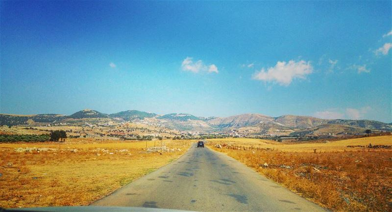 💫 Sometimes all you need is to go on a long drive, listen to music and... (Beqaa Governorate)