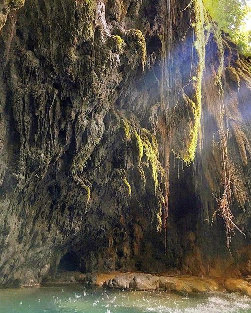 lebanon chouf waterfall instagood wanderlust travelgram ... (Chouf)