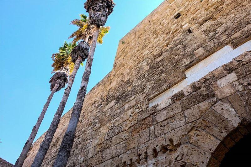 //The optimism of an endless horizon and blue skies ahead// lebanon... (Tripoli, Lebanon)