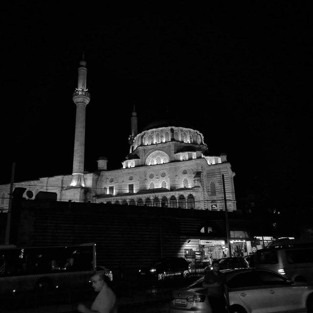 Sweet night - ichalhoub in Istanbul Turkey shooting nightphotography /...
