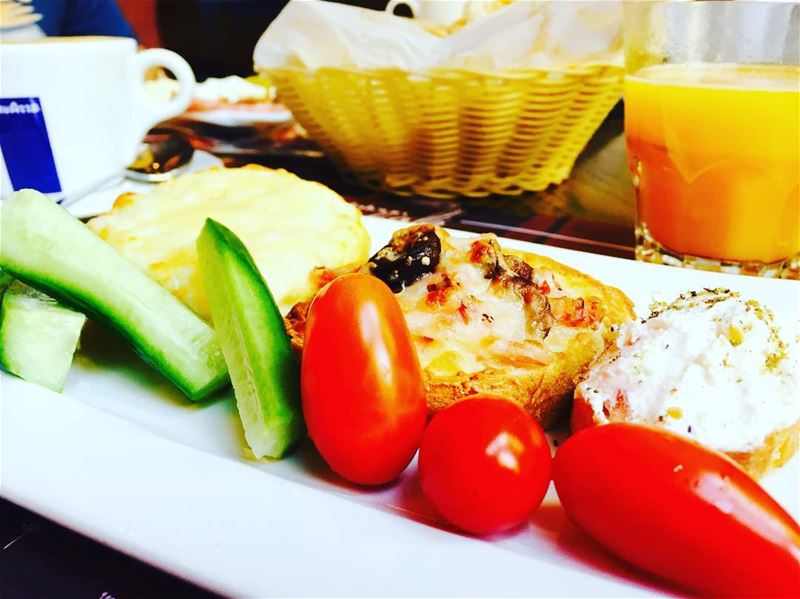 weekend withhusbans buffet mandalouncafe zaatar cheese breakfast foodie... (al Mandaloun Group)