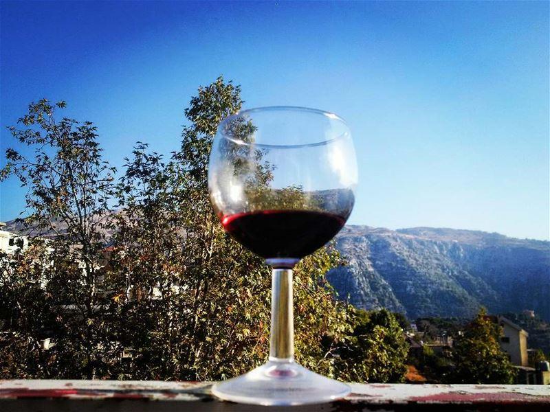 wine drink food lebanon foodstyling hautecuisines @hautescuisines ... (Baskinta, Lebanon)