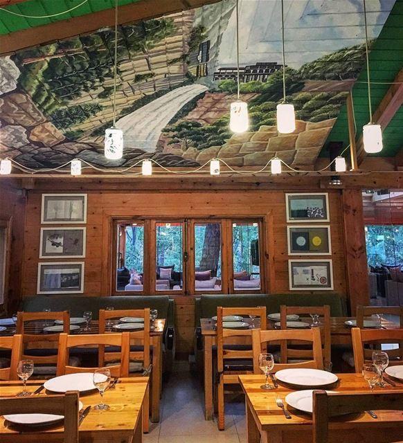 A little bit of coziness 🤗@joelle_bk 📸 LaMaisonDeLaForet Restaurant ...