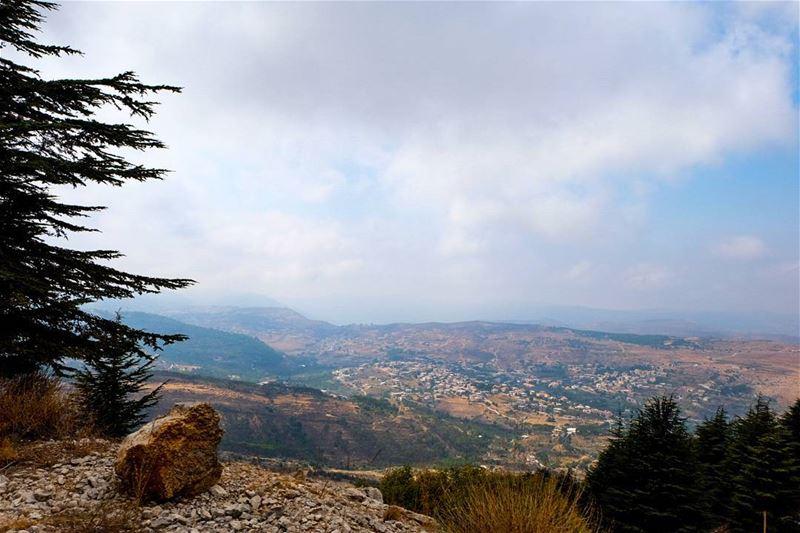 //With its hills and mountains// lebanon batouk livelovelebanon... (Bâroûk, Mont-Liban, Lebanon)