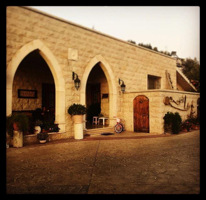 Old school House 🏡 onlyfiliban lebanon leb liban love oldhome ... (Baakline, Mont-Liban, Lebanon)