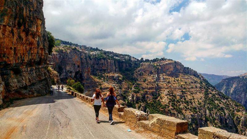 Just keep walking till the end of the path summer2k17 ... (Wadi Qannubin, Liban-Nord, Lebanon)