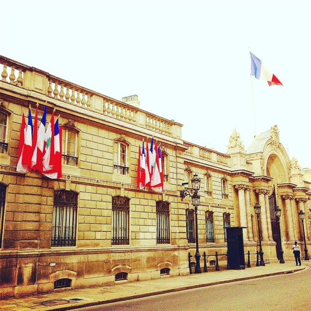 Lebanese flags on display in front of the Élysée Palace to honour the... (Élysée – Présidence de la République française)