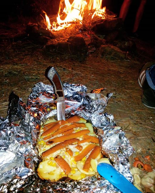 camping food campinglove knif colombia night lebanon ...