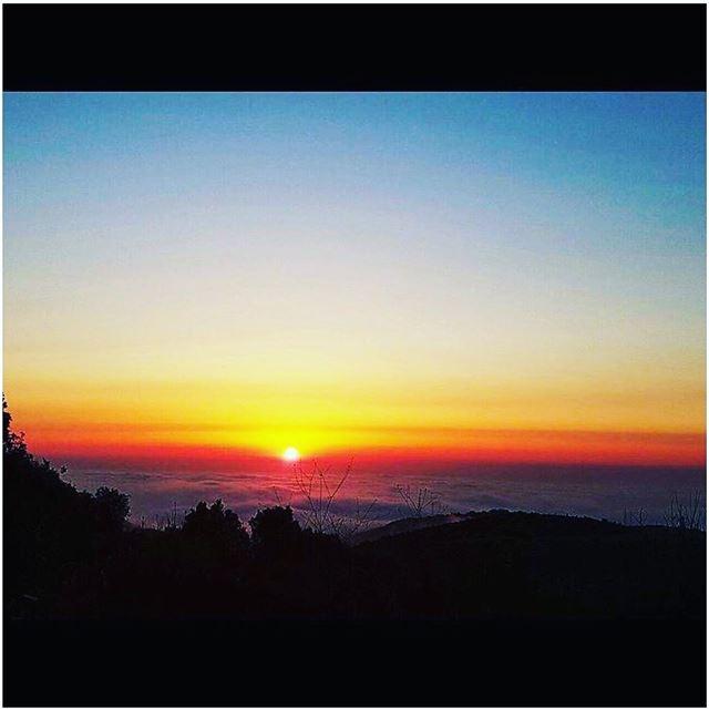 Sunset🌅 sunset lebanon caplifephotography instalikes instapic ...