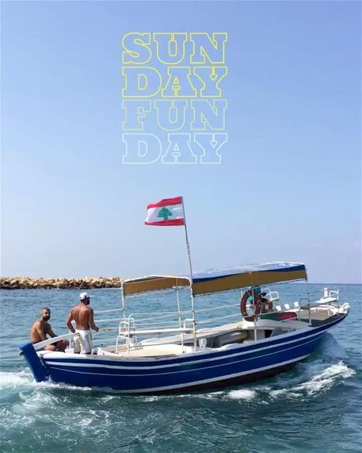 Curtindo o domingo na Ilha dos Coelhos, Rabbit's Island, Líbano. Obrigado @ (Rabbit Island)