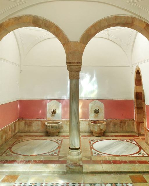 How about a Royal shower? 👑 🛀🏼 (Beiteddine Palace)