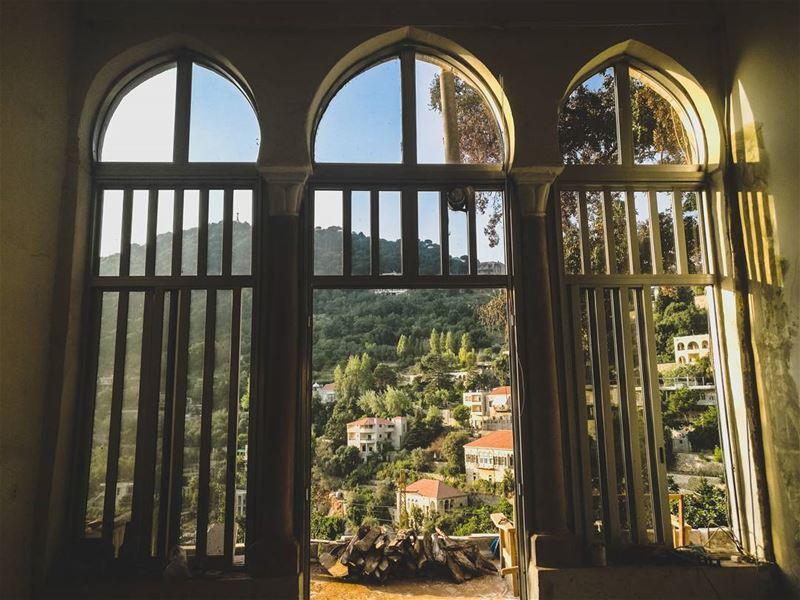 Through the windows 😊.......... Lebanon livlovelebanon ... (Dlebta, Mont-Liban, Lebanon)
