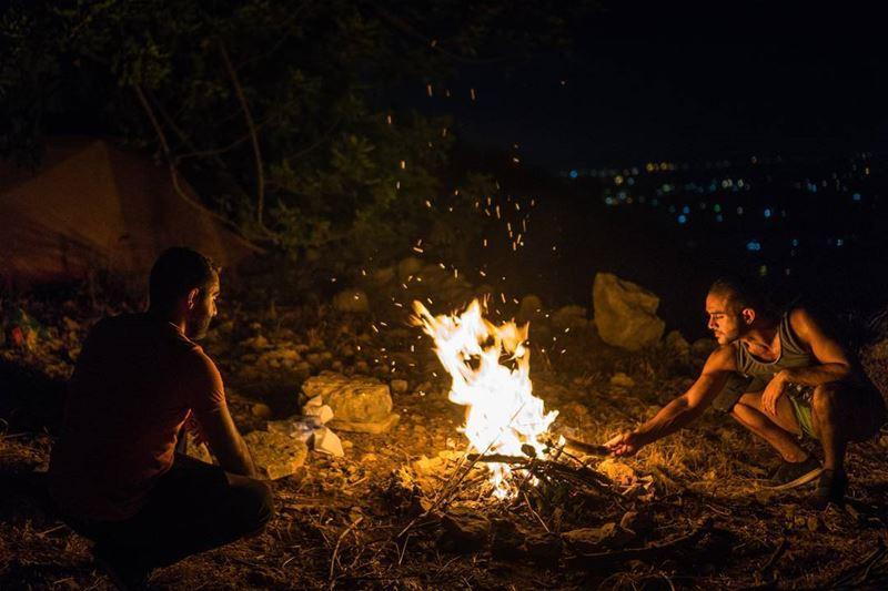 Campfires lebanon ... (Bqarzla, Liban-Nord, Lebanon)