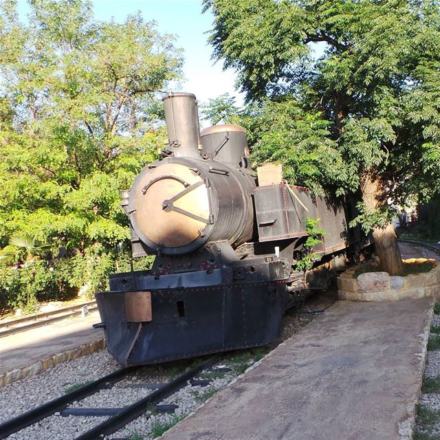 Old train. old train zahleh zahle lebanon railway tree green photography... (Zahlé District)