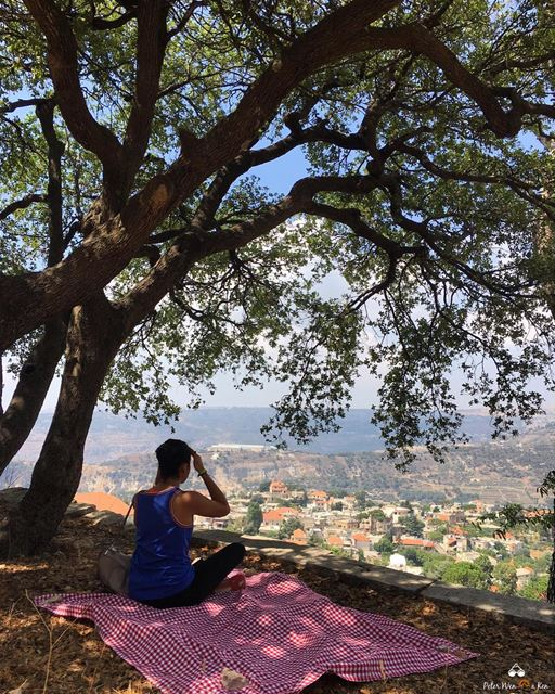 I just need some time in a beautiful place to clean my head 💆 ... (Chouf)