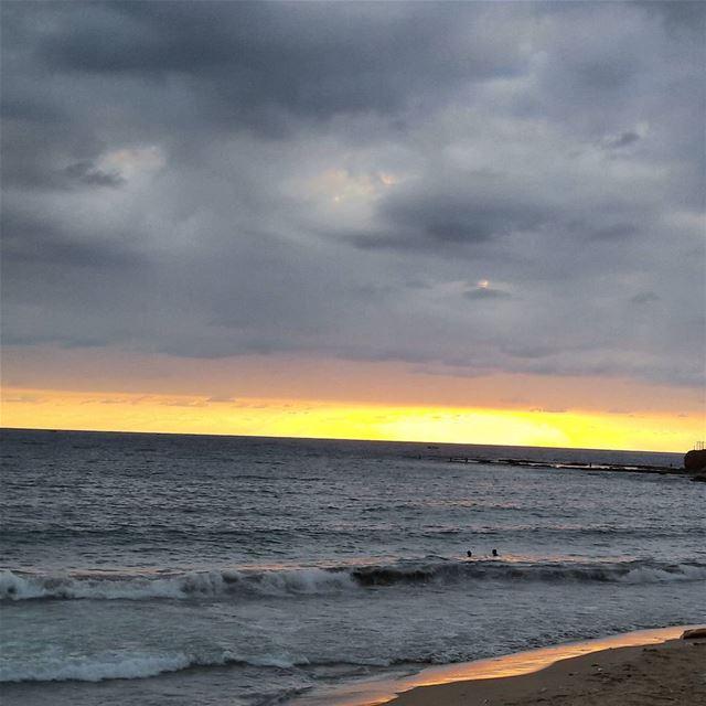 🌅 LiveLoveTripoli LiveLoveElMina TripoliLB Tripoli ElMina Sea ... (Tripoli, Lebanon)