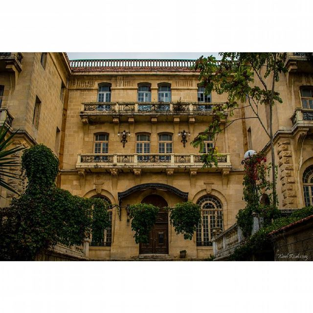 old  building  hotel  lebanon  architecture  windows  livelovealey ... (Aley)