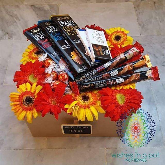 day11 lindt luxurious giftbox is now 30% off. 71159985 ZEINAsMonth ...