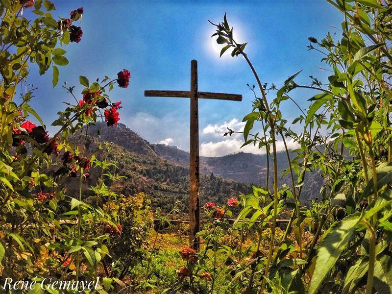 .....____________________________________________________Dear GOD ,... (مار اليشاع - وادي قنوبين)