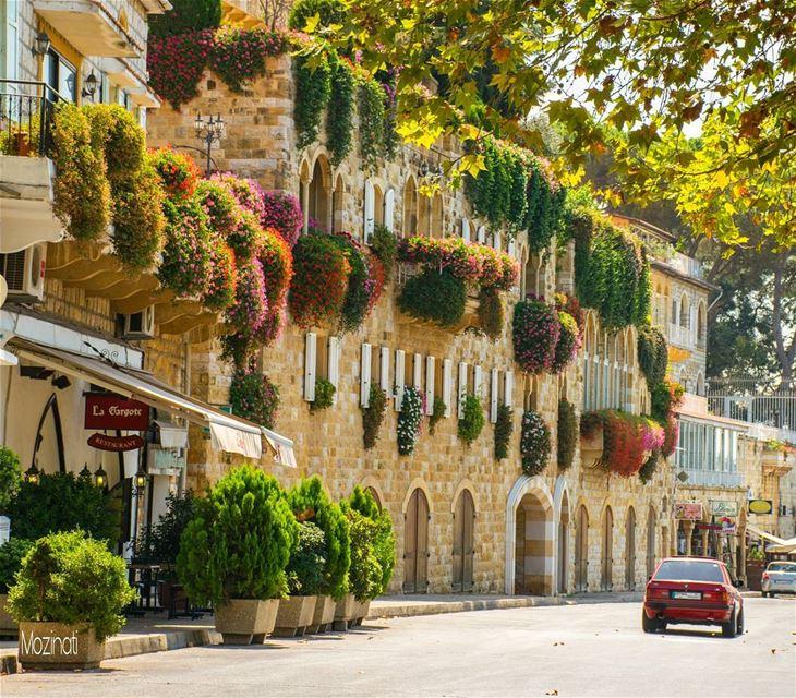 streetshot globalcapture streetstyle roadtrips roadtrip ptk_lebanon... (Broummâna, Mont-Liban, Lebanon)