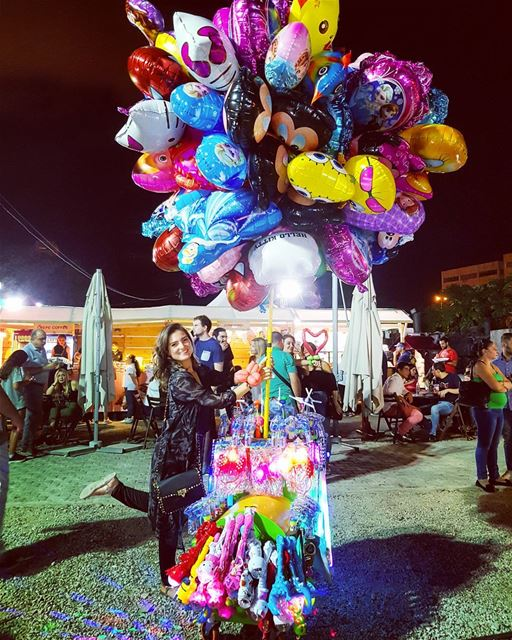 This balloon stand at the @beirutrestaurantsfestival was so cute I simply... (Trainstation Mar Mikhaël)
