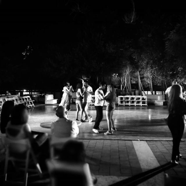 Let's Tango - ichalhoub in Byblos Lebanon shooting with a mobile phone /