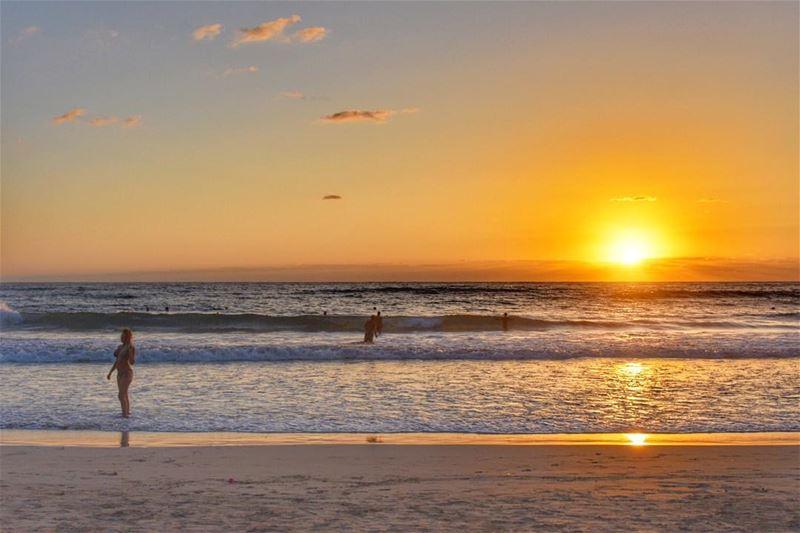 A timeless beauty 🌅•••••••••••••••••••••• sunset sunsets sunsetsky ... (Tyre-Sour At Beach)