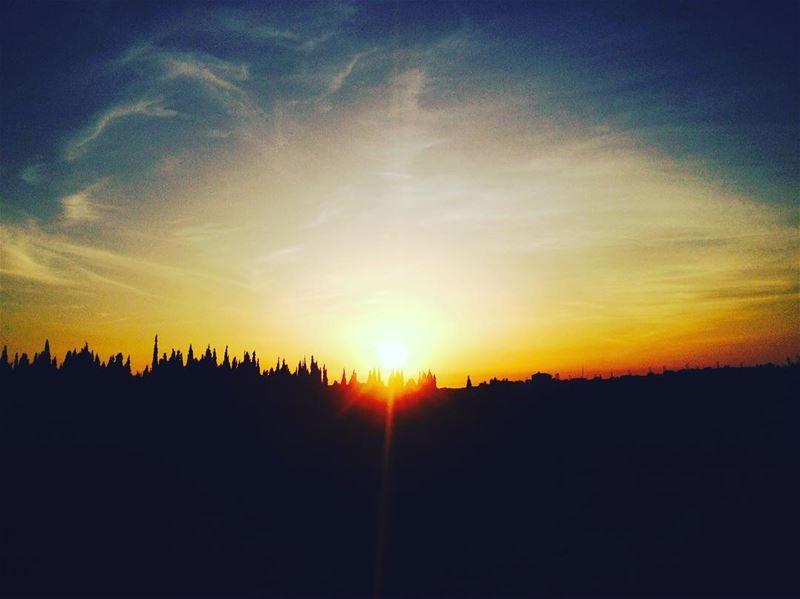 Did You See A White Light?. sunday lebanon mountains sunrise sunset ... (Chekka)