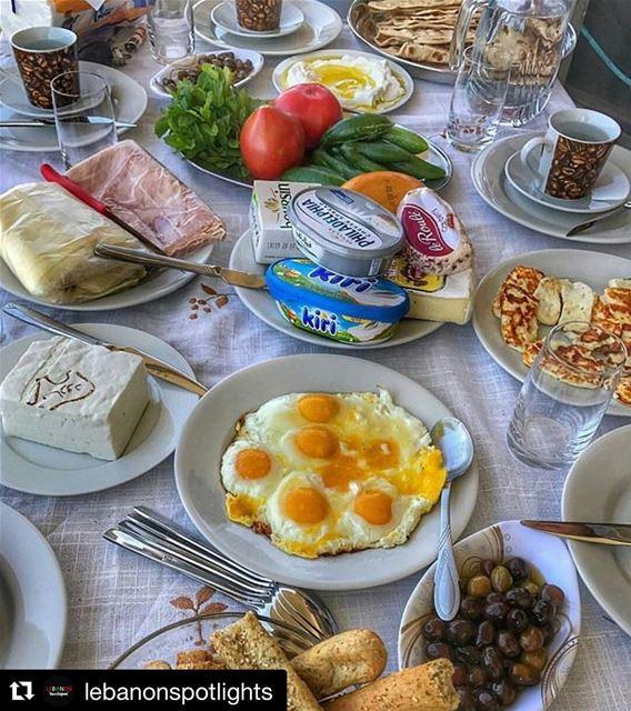 Repost @lebanonspotlights (@get_repost)・・・Serious breakfastofchampions...