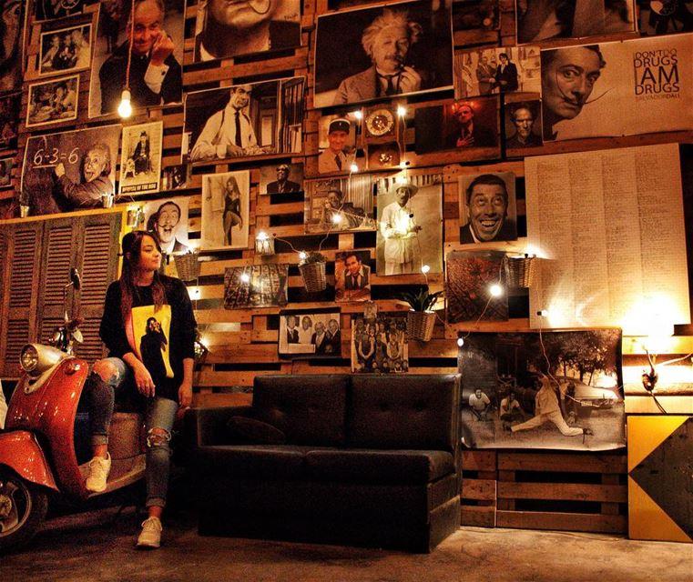 Le mur des Grands....📸by @dounia.raphael (Zahlé, Lebanon)