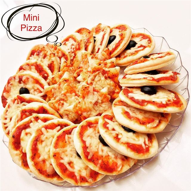 Freshly baked Mini Pizza for your special occasion 🍕🎉🎉 london lebanon...