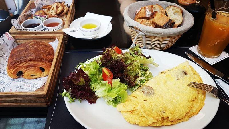 A fulfilling breakfast 😌................ breakfast ... (Bartartine)