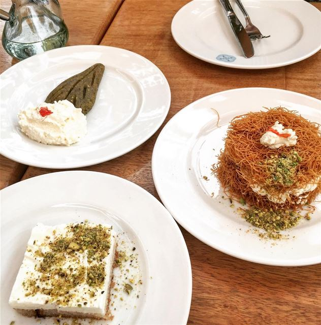 How about some Lebanese sweets? 😍🇱🇧🇱🇧 yummy sweets lebanese ...