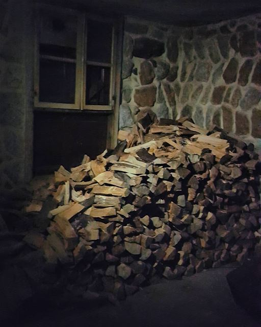dark light night wood winter nature oldlebanesehouses oldhouses...