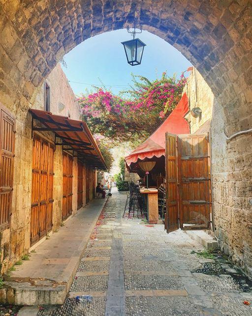 lebanon pathway architecture instagood wanderlust travelgram ... (Byblos - Jbeil)