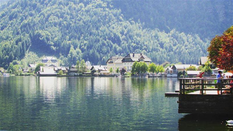 Hallstatt Lake Paradise 🏞☄ perfect town austria liveloveaustria ... (Hallstatt, Austria)