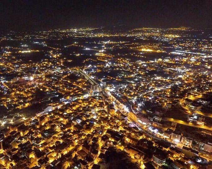 Zahlé & Bekaa Valley by night ☄💛 zahlé bekaa nightview lebanon ... (Zahlé, Lebanon)