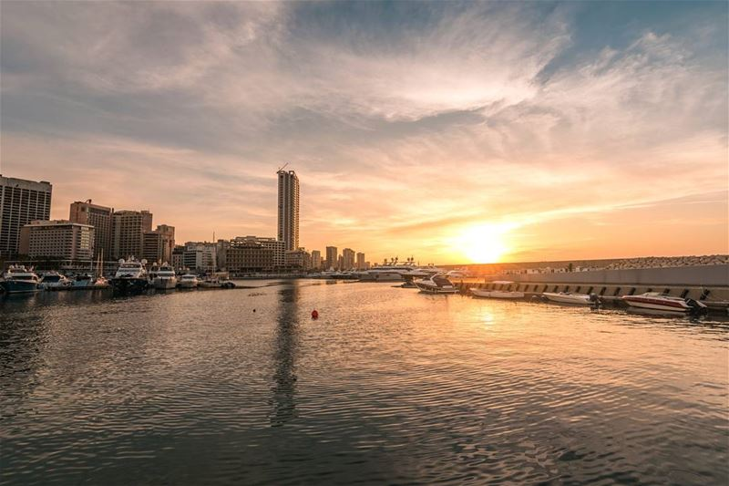 Lebanese sunsets 🌇 (Zaitunay Bay)
