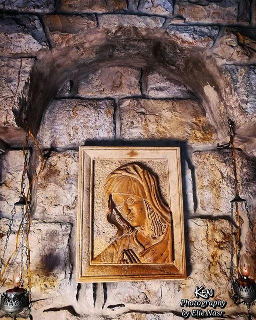 ...يا رفيقة الإيام احد_مبارك virginmary marymotherofjesus ... (Fanar, Mont-Liban, Lebanon)