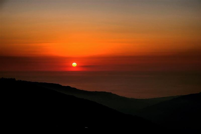 lebanon sunset mountains scenery sunsets sunsetlovers sunsetporn ... (Sannine Heights)