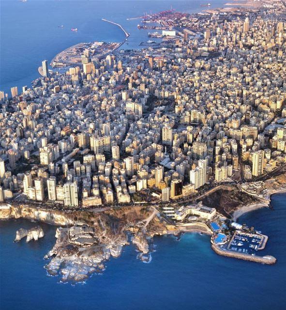 Airplane mode 🔛By @polsamuel AboveBeirut Beirut Liban Libano ... (Beirut, Lebanon)