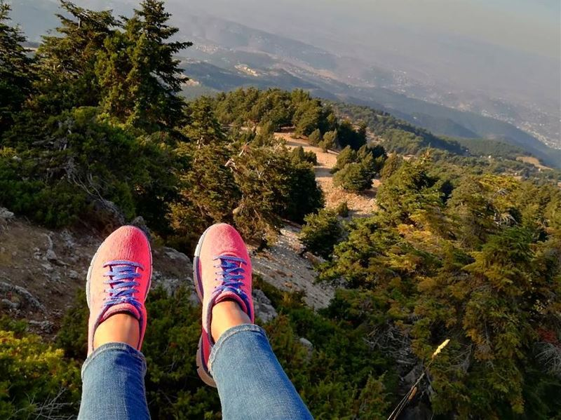 kobayat liveloveakkar mountains forest nature skechers pink ... (Al Qubayyat, Liban-Nord, Lebanon)