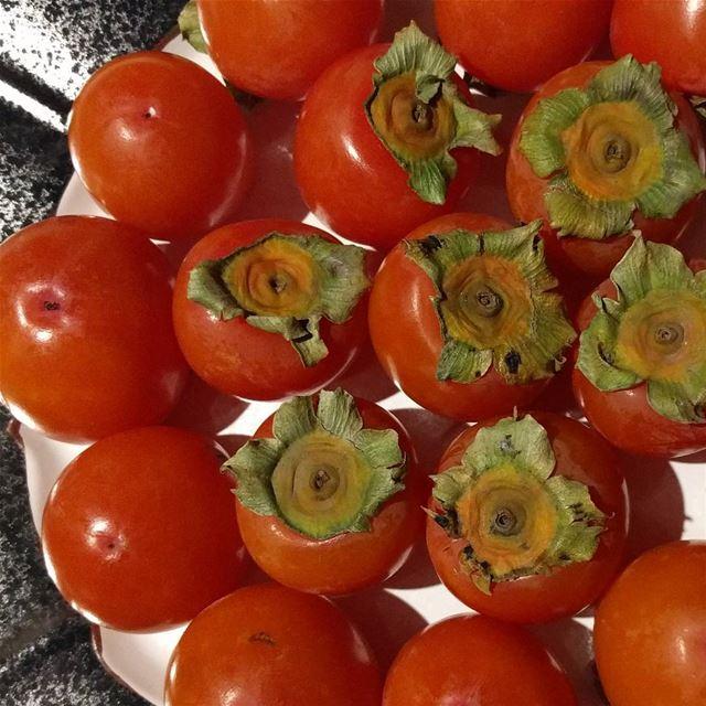 persimmon kharma fruit fruitlovers beautifulcolors fresh ...