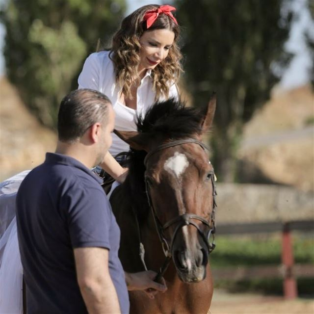 instame fun horse  ride  him love photography  photoshoot  nature farm...