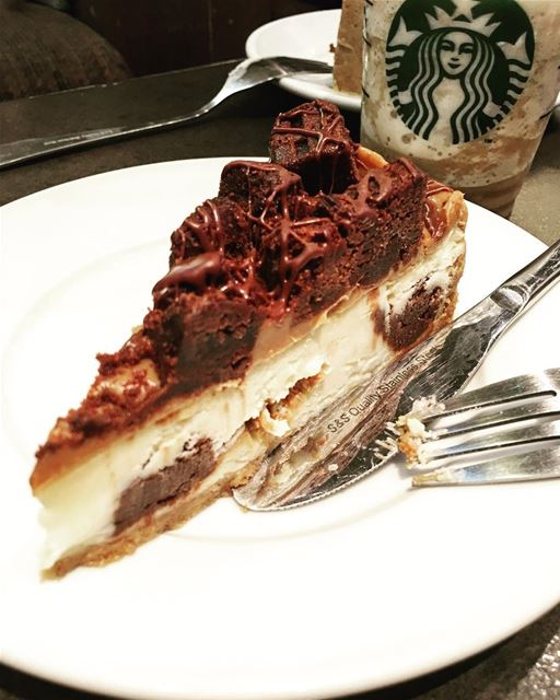 Cheating on my diet starbucks coffee cake cheat diet food foodporn ... (Starbucks City Center mall Beirut)