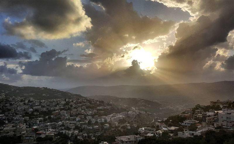 sunset clouds cloud magicalview naturepics naturephotography ... (Hasbaya)
