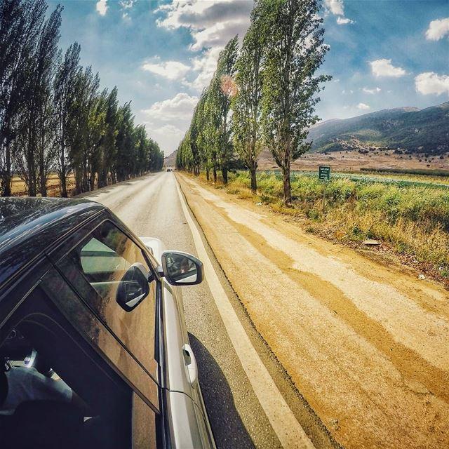 رايحين رايحين مشوار 🛤........ lebanonblog roadtripfun ... (West Bekaa)