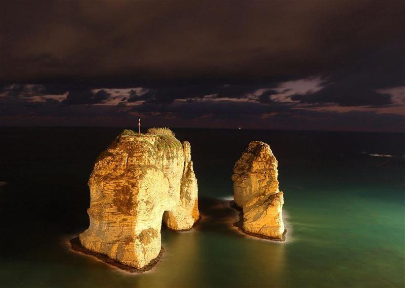 ✨✨... night nightphotography nightshot landscape landscapephotography... (Al Rawsheh, Beirut - Lebanon)