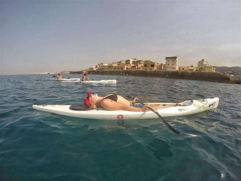 The perfect spot for a rest in front of Batroun city before continuing our... (Batroûn)