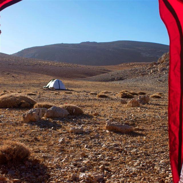 Day 2 trek:from Qornet es Sawda(3,089m) to Ouyoun Orghosh (2,138) via the...